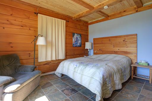 Bed & Breakfast Le Magestik à Mansonville (QC) | CanaGuide