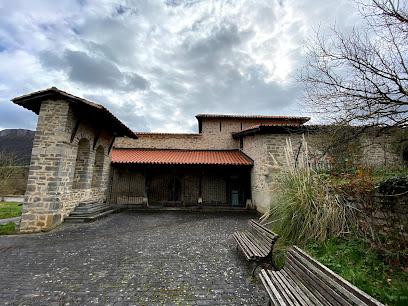 Casa Troncal de Urbina de Basabe