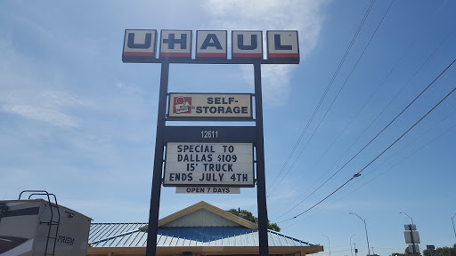 RV Storage Facility «U-Haul Moving & Storage at Research Blvd», reviews and photos