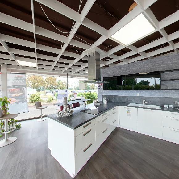 Küchenausstellung von MAXXI Küchen Bockhorn