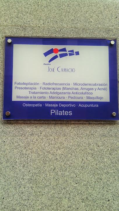 imagen de masajista Centro José Camacho