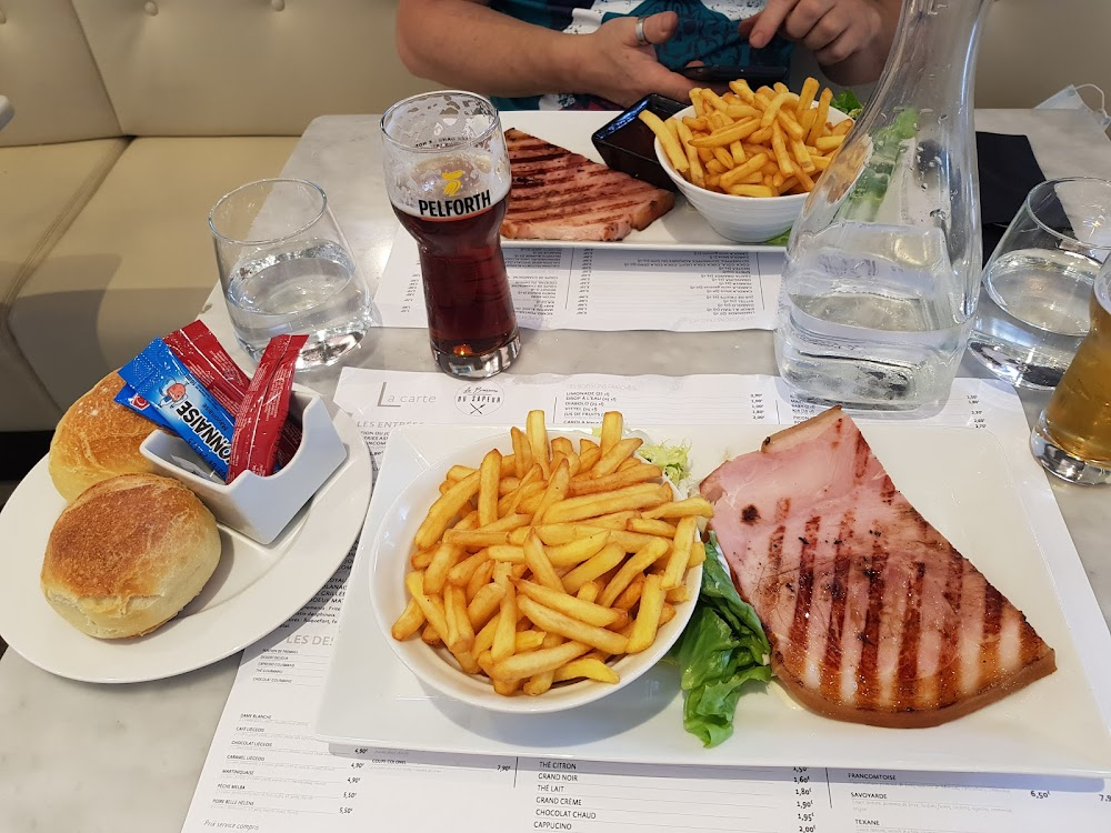 photo du resaurant Brasserie du Sapeur