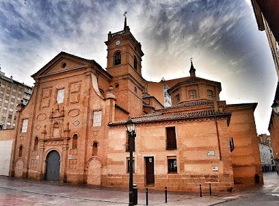 Parroquia de Santo Domingo y San Martín