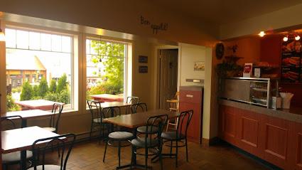 Le Café Sous-Marin