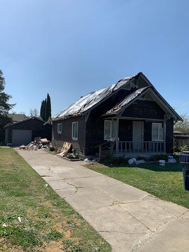 DW Roofing in Sacramento, California