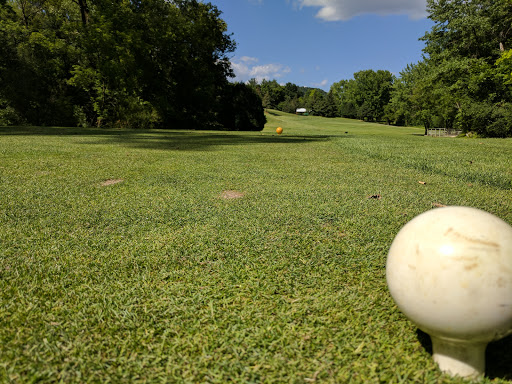 Golf Course «Pine Creek Golf Course», reviews and photos, 3815 N Pine Creek Rd, La Crescent, MN 55947, USA