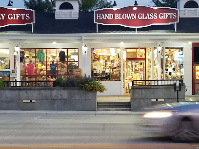 experience-wisdells-things-to-do-hand-blown-glass-company