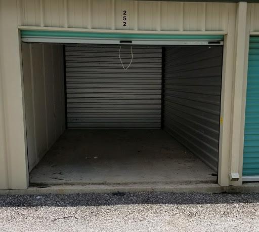 Self-Storage Facility «Stow Stuff Storage», reviews and photos