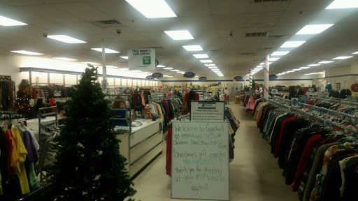 Goodwill Store Mcminnville, 1339 Smithville Hwy, McMinnville, TN 37110, Thrift Store
