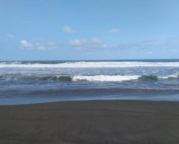 Pantai Bopong Puring