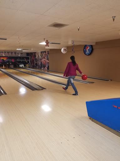 Bowling Alley «Tillamook Bowling Lanes», reviews and photos, 3705 3rd St, Tillamook, OR 97141, USA