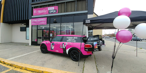 Cell Phone Store «T-Mobile», reviews and photos, 3401 New Jersey Ave STE 106, Wildwood, NJ 08260, USA