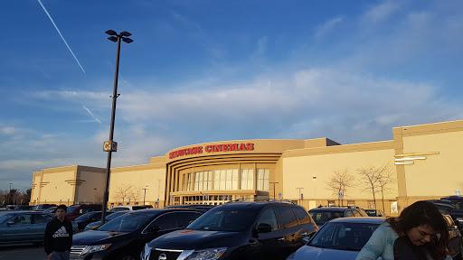 Movie Theater «Showcase Cinema de Lux Revere», reviews and photos, 565 Squire Rd, Revere, MA 02151, USA