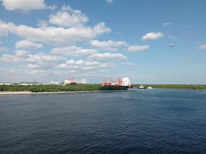Container terminal Florida International Terminal LLC