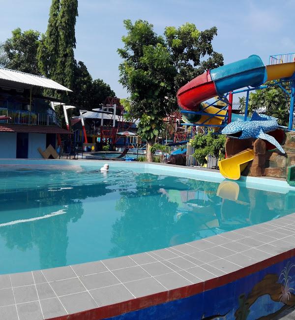 Tempat Wisata Di Klaten Waterpark Galuh Tirtonirmolo Prambanan