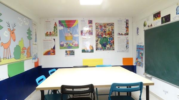 Oxford School - Academias de Inglés en Soria