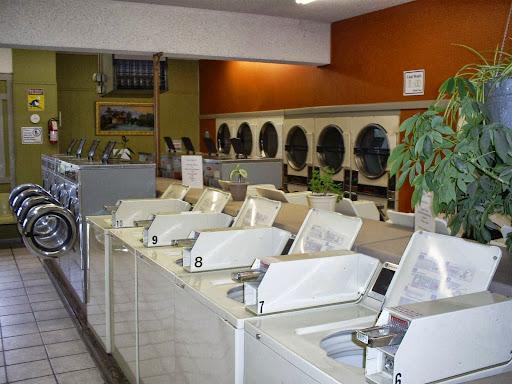 Laundromat «The Laundry Center», reviews and photos, 2235 Stahlwood Dr, Sandusky, OH 44870, USA
