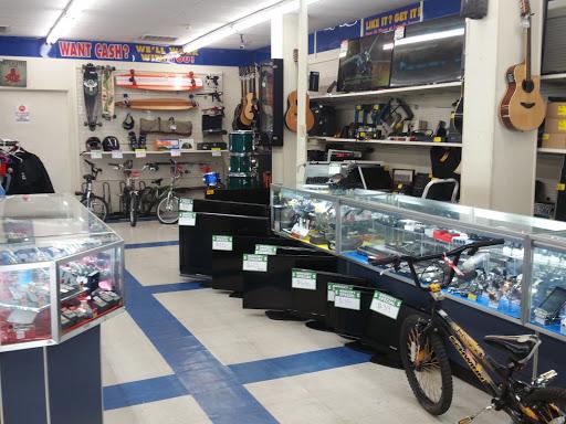 EZPAWN, 1025 Broadway, Denver, CO 80203, USA, Pawn Shop