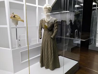 Museo de la Indumentaria Tradicional (MITLE)