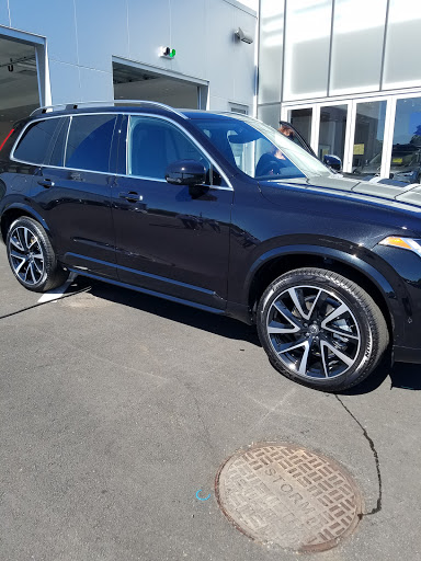 Car Dealer «Gengras Volvo Cars North Haven», reviews and photos, 375 Washington Ave, North Haven, CT 06473, USA