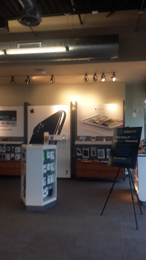 Cell Phone Store «AT&T», reviews and photos, 4912 Northwest Hwy Suite A, Crystal Lake, IL 60014, USA
