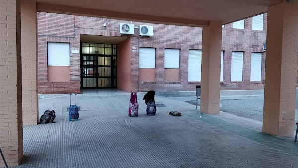 Colegio Público M. Fernández Caballero