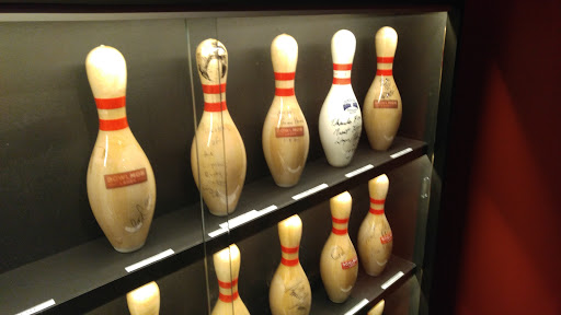 Bowling Alley «Bowlmor Times Square», reviews and photos, 222 W 44th St, New York, NY 10036, USA