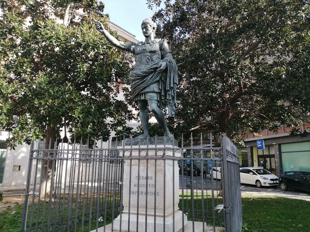 Statua di Cesare Augusto Imperatore