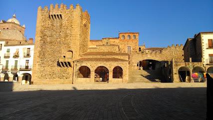 Pensión Carretero 1 ¿Dónde Dormir en Cáceres?