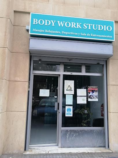 imagen de masajista Body Work Studio