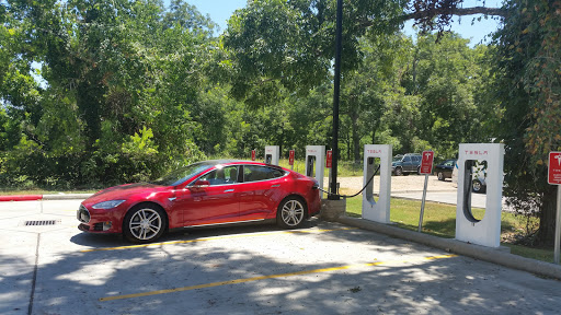 Electric Vehicle Charging Station «Tesla Supercharger», reviews and photos
