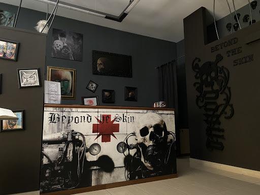 Beyond the skin tattoo & art