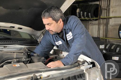 Oil Change NAPA AUTOPRO - Running's Auto Service in Gananoque (ON) | AutoDir