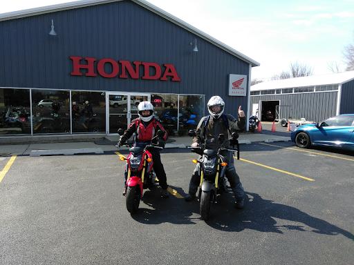 Honda Dealer «Honda Northwest», reviews and photos, 4911 Northwest Hwy, Crystal Lake, IL 60014, USA