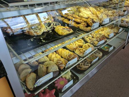 Antonio's Bakery & Charlie's Deli
