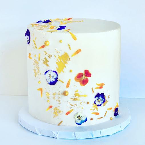 cake. vegan bakery
