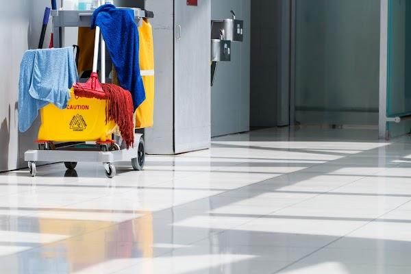 CLEAN CITIZEN SERVICE - Limpieza de Comunidades - Limpieza de Oficinas - Servicios de Limpieza