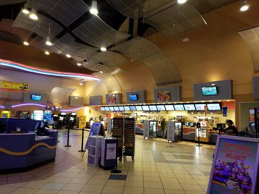 Movie Theater «Regal Cinemas Louisiana Boardwalk 14 & IMAX», reviews and photos, 2 River Colony Dr, Bossier City, LA 71111, USA