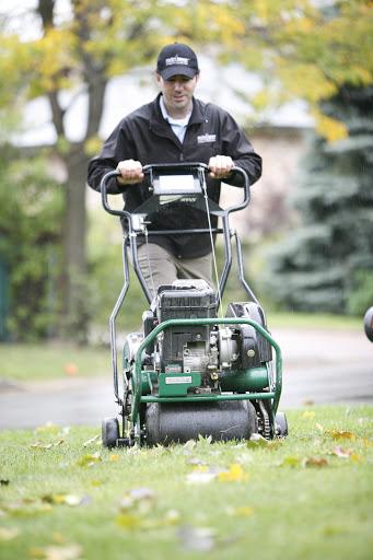 Entretien de pelouse Nutri-Lawn Moncton à Moncton (NB) | LiveWay