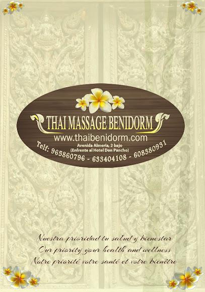 imagen de masajista Thai Masaje Benidorm