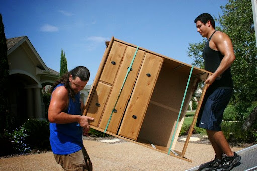 Mover «Two Guys Moving», reviews and photos