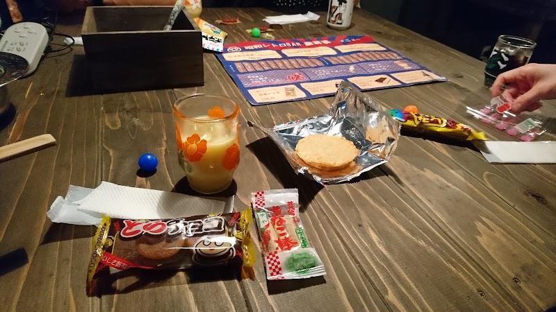 昭和レトロBAR駄菓子博多店