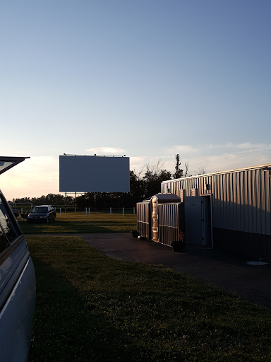 Movie Theater «Airline Twin Drive-in Threater», reviews and photos, 2870 IN-32, Winchester, IN 47394, USA