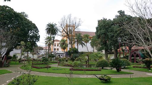 Jardim Duque da Terceira, R. Direita 130, 9700-157 Angra do Heroísmo, Portugal, Abadia, estado Azores
