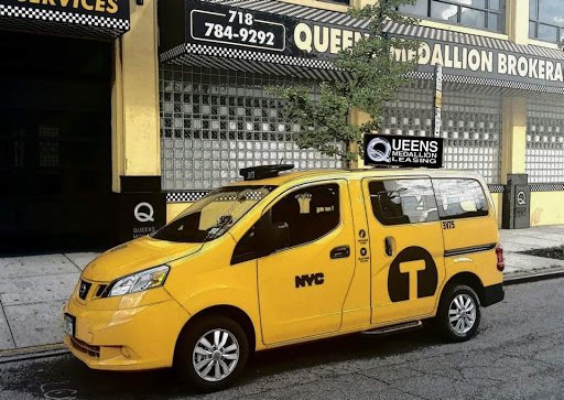 Queens Medallion Leasing (NYC Taxi Yellow Cab Company), 21-03 44th Ave, Long Island City, NY 11101, Taxi Service