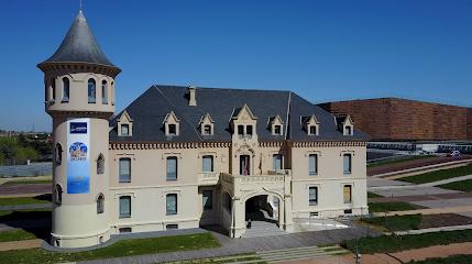 Castillos de Valderas y Museo de Arte en Vidrio de Alcorcón