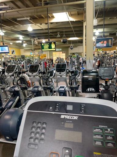 Gym «24 Hour Fitness San Mateo Super Sport», reviews and photos, 93 Bovet Rd, San Mateo, CA 94402, USA