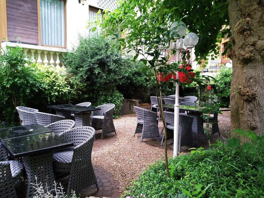photo du resaurant Le Café de Reims