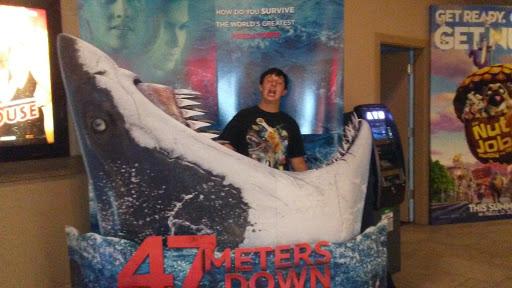 Movie Theater «Premier Cinemas», reviews and photos, 245 Mercey Springs Rd, Los Banos, CA 93635, USA