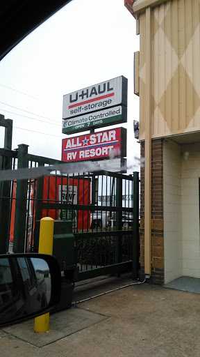 RV Storage Facility «U-Haul Moving & Storage of Westbelt», reviews and photos